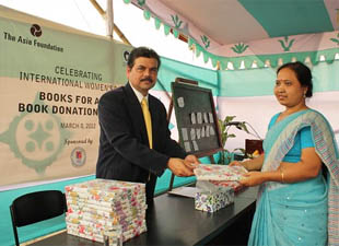 The Asia Foundation Distributes 7,500 Books To Girls In Bangladesh